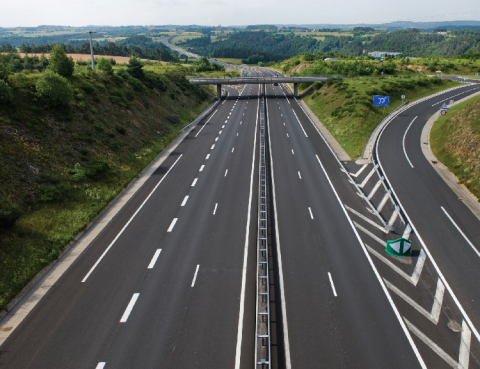 L'accroissement du réseau routier mondial est estimé à + 50 % d'ici 2050.