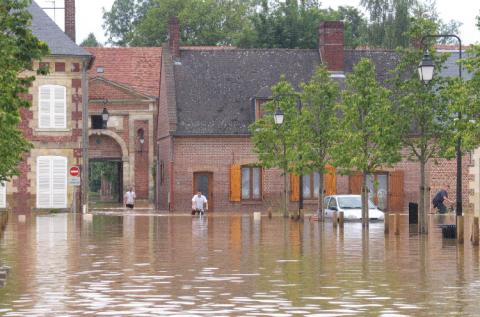 En France, plus de 17 millions d'habitants sont exposés au risque d'inondation. © CPIE-AISNE